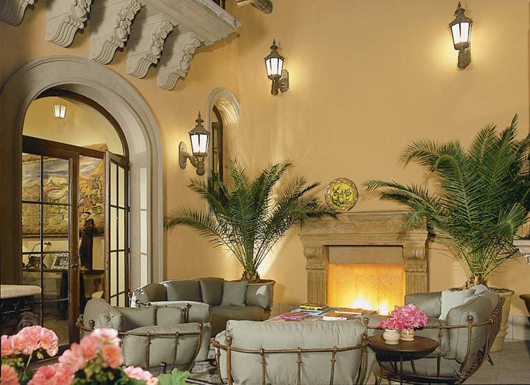 Casa Carino's outdoor living room